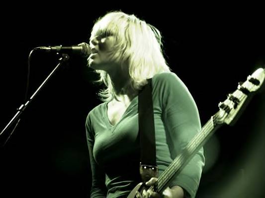 sharin lives with raveonettes